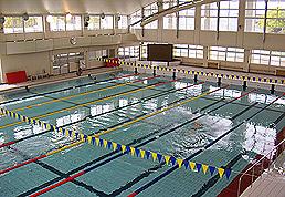 総合運動場内水泳場
